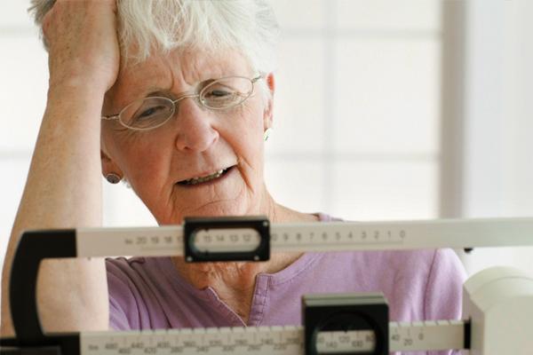 Völlegefühl und Gewichtsverlust